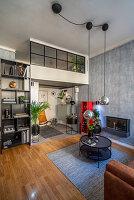 Multifunktionaler Wohnraum in maskuliner Einzimmerwohnung
