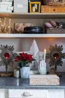 Antike Kerzenhalter, Handabguss mit Kerze und Vintage-Deko