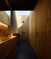 Bathroom in a Pavilion House
