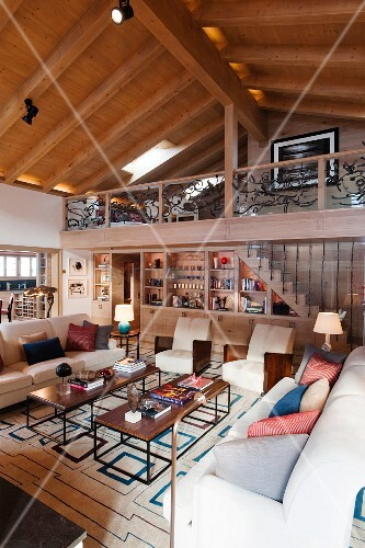 Loungebereich im Stilmix in … – Bild kaufen - 11140082 ❘ living4media