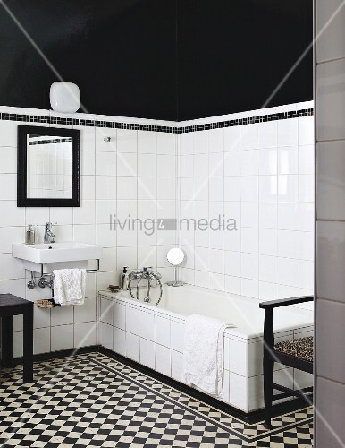 Black And White Bathroom With Chequered Buy Images