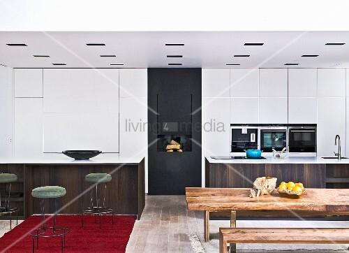 barhocker bank affordable verwandte beitrge fr ikea barhocker weiss holz bank ohne lehne beste. Black Bedroom Furniture Sets. Home Design Ideas