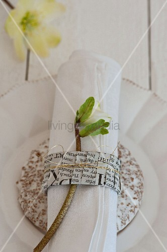 Napkin ring made from folded newspaper