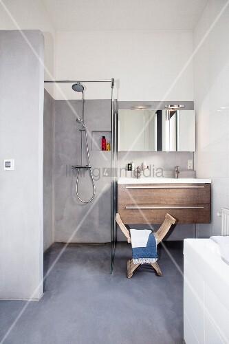 Minimalist bathroom in shades of grey