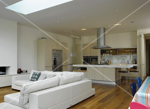 Offener Wohn Essbereich offener wohnraum mit mediterraner küche wohn und essbereich bild