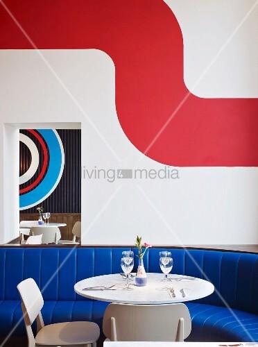 tisch mit st hlen und sitzbank mit bild kaufen. Black Bedroom Furniture Sets. Home Design Ideas