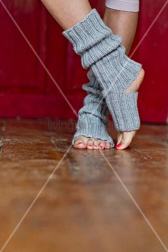 Hand-knitted yoga socks made of merino yarn