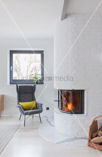Helles Wohnzimmer im skandinavischen Sti