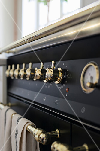 Detail of modern, vintage-style gas cooker