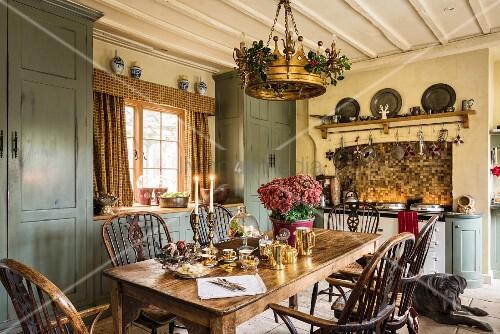 Englische Landhauskuche Mit Altem Bild Kaufen 12339302
