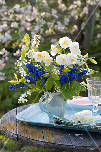 Fragrant spring bouquet from Narcissus 'Bridal Crown'