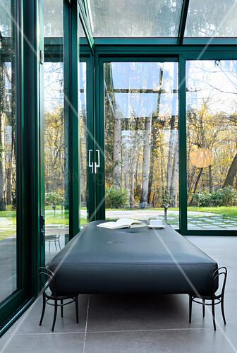 Designer-Tagesbett im Wintergarten