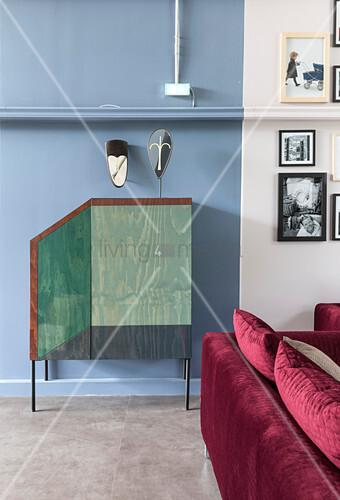Bemalte Türen einer Kommode mit optischer Täuschung