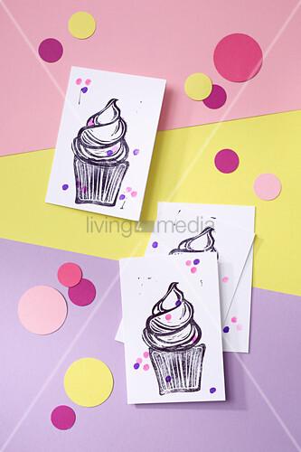 DIY-Einladungskarten - Motiv Muffin - für eine Baby Shower Party