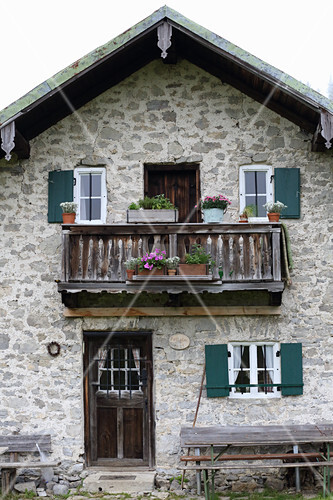 Façade of mountain cabin in Fell (Mangfall Mountains, Germany)