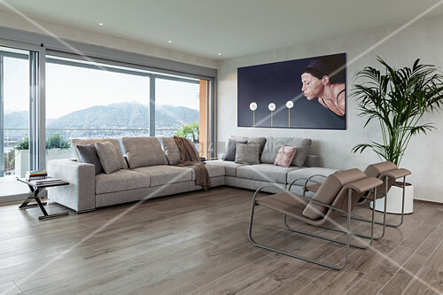 Minimalistisches Wohnzimmer In Erdfarben Bild Kaufen