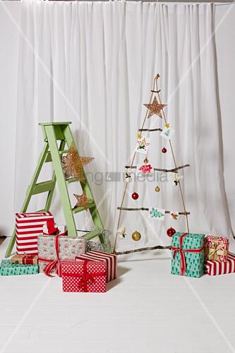 Diy Weihnachtsbaum.Hängender Diy Weihnachtsbaum Aus Seil Bild Kaufen 12609902