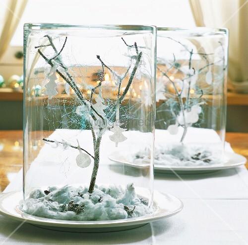 Gl ser mit weihnachtsdeko bild kaufen living4media - Weihnachtsdeko glas ...